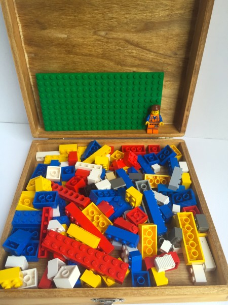 Make your own vintage inspired LEGO box from a wooden cigar box.  Directions and printable included.