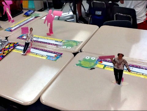 Special teacher leaves individualized message to each and every student in the class