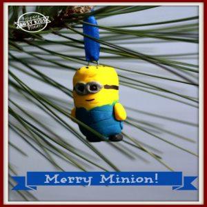 Merry Minion Ornament!
