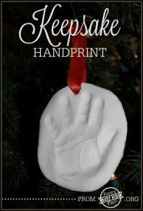 Easy Mothers Day Craft idea - handprint ornament