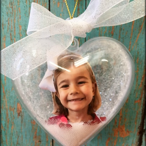 Keepsake photo ornament